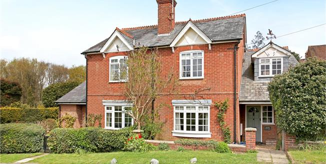 Guide Price £550,000, 3 Bedroom Semi Detached House For Sale in Shamley Green, GU5