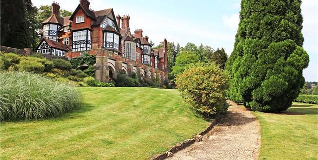 Asking Price £1,100,000, 4 Bedroom Flat For Sale in Bramley, Guildford, GU5