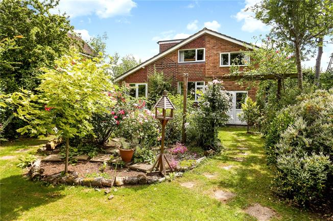 Guide Price £775,000, 5 Bedroom Bungalow For Sale in Surrey, GU6
