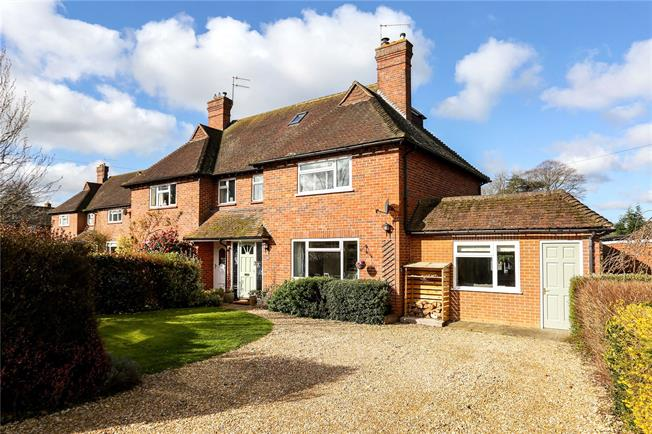 Guide Price £675,000, 4 Bedroom Semi Detached House For Sale in Shamley Green, GU5