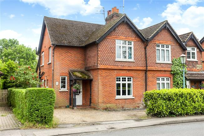 Guide Price £650,000, 3 Bedroom Semi Detached House For Sale in Worplesdon, GU3
