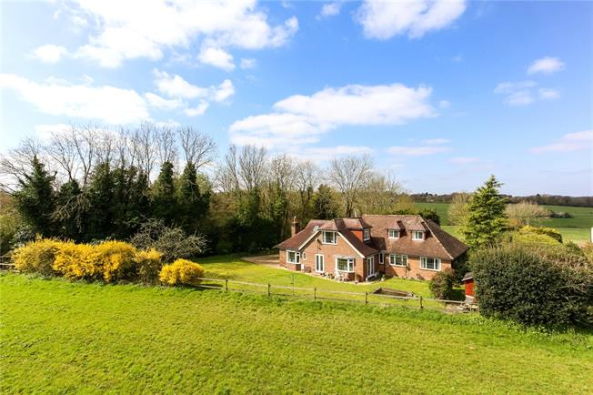 Guide Price £1,200,000, 5 Bedroom Detached House For Sale in Guildford, Surrey, GU5