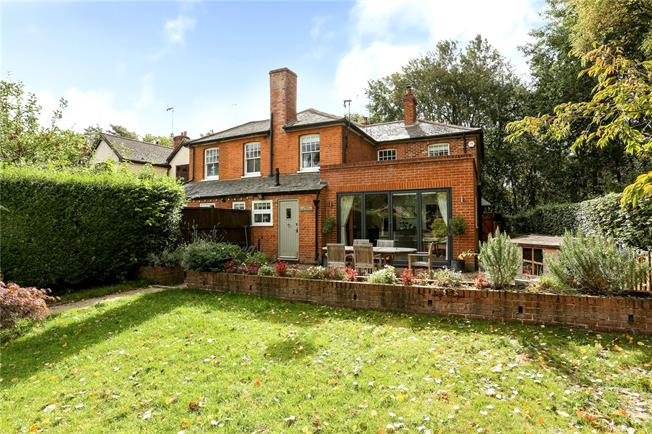 Guide Price £775,000, 4 Bedroom Semi Detached House For Sale in Woking, Surrey, GU22