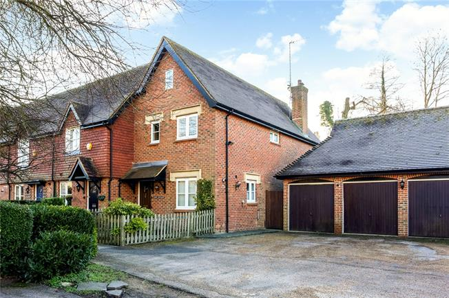 Guide Price £675,000, 2 Bedroom End of Terrace House For Sale in Guildford, Surrey, GU5