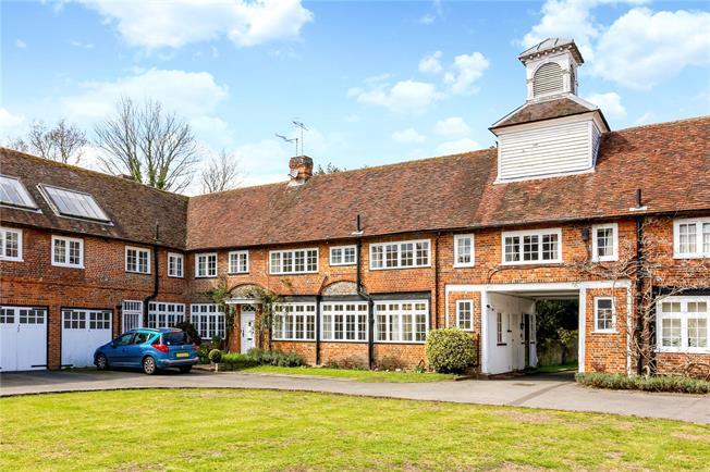 Guide Price £400,000, 2 Bedroom Terraced House For Sale in Wonersh, Guildford, GU5