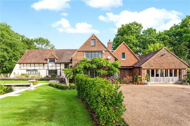 Asking Price £1,395,000, 6 Bedroom Detached House For Sale in Guildford, Surrey, GU5