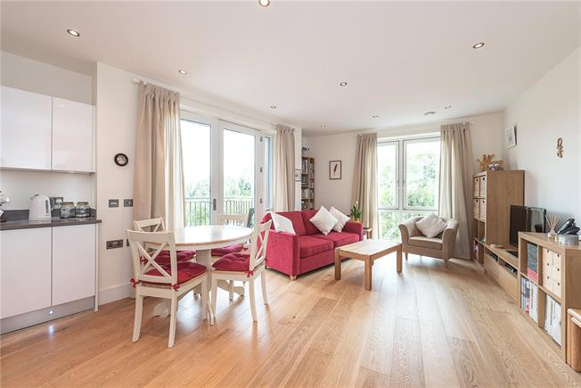 Asking Price £450,000, 1 Bedroom Flat For Sale in London, NW6