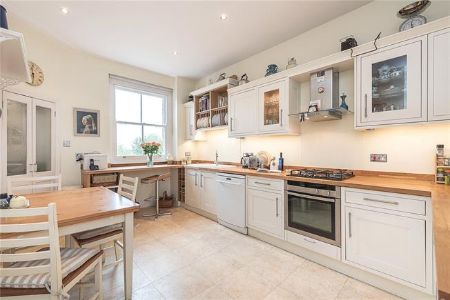 Offers in the region of £1,350,000, 4 Bedroom Flat For Sale in London, NW6