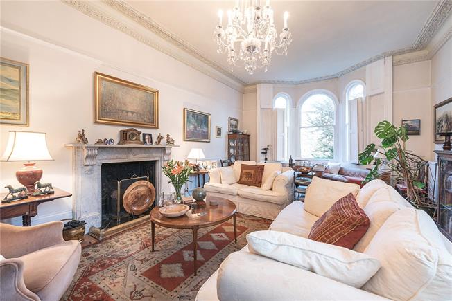 Asking Price £3,400,000, 5 Bedroom End of Terrace House For Sale in London, N6