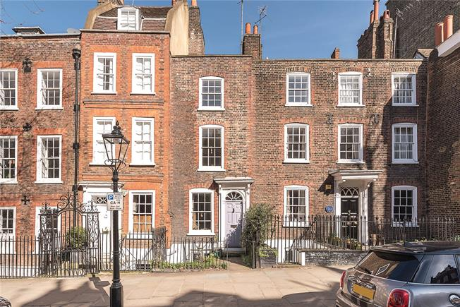 Asking Price £1,800,000, 2 Bedroom Terraced House For Sale in London, NW3