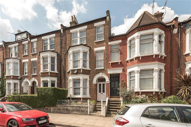 Asking Price £1,790,000, 4 Bedroom Terraced House For Sale in London, NW3