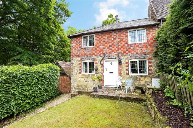 Asking Price £425,000, 2 Bedroom Semi Detached House For Sale in Haslemere, GU27