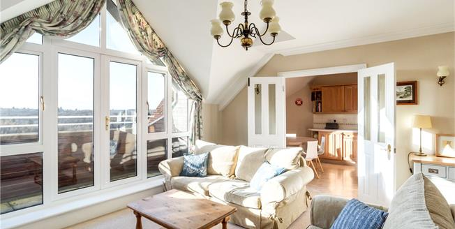 Offers in excess of £400,000, 2 Bedroom Flat For Sale in Haslemere, Surrey, GU27