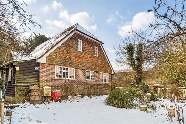 Asking Price £475,000, 2 Bedroom Detached House For Sale in Grayswood, GU27