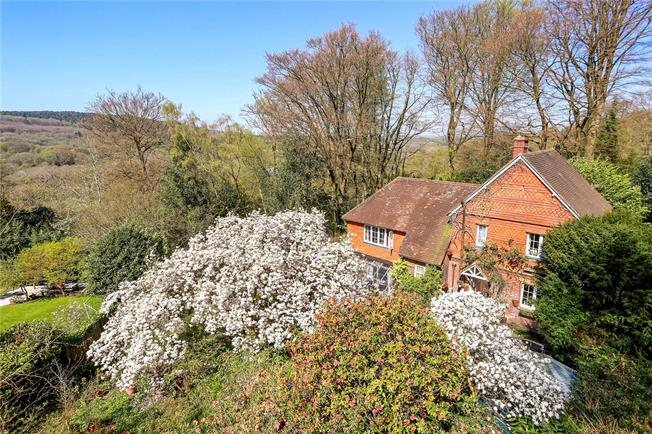 Asking Price £750,000, 4 Bedroom Detached House For Sale in Grayswood, GU27