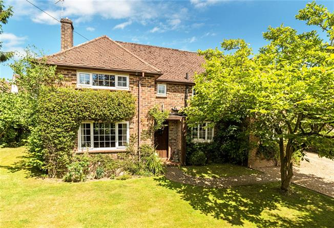 Offers in excess of £700,000, 4 Bedroom Detached House For Sale in Midhurst, West Sussex, GU29