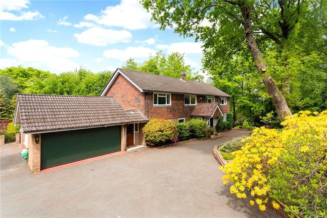 Asking Price £1,700,000, 4 Bedroom Detached House For Sale in Haslemere, GU27