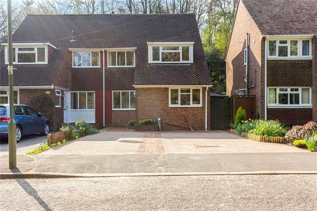 Asking Price £550,000, 4 Bedroom Semi Detached House For Sale in Surrey, GU27