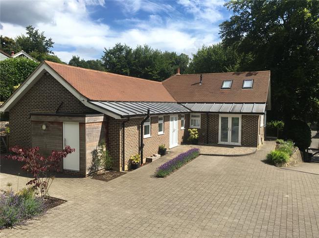 Asking Price £900,000, 4 Bedroom Bungalow For Sale in Surrey, GU27