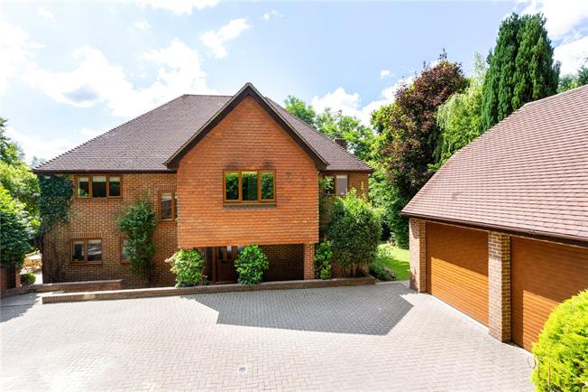 Offers in excess of £1,000,000, 5 Bedroom Detached House For Sale in Haslemere, GU27