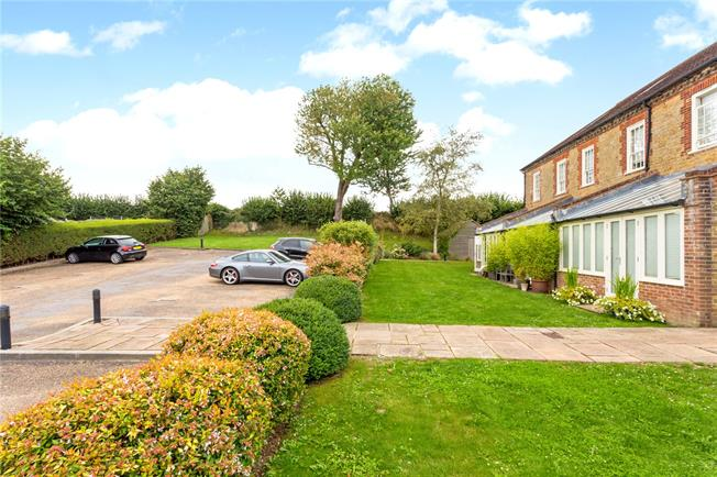 Asking Price £375,000, 2 Bedroom Terraced House For Sale in Easebourne, GU29