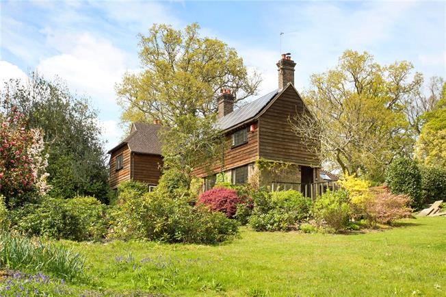 Guide Price £1,195,000, 4 Bedroom Detached House For Sale in Ansty, RH17