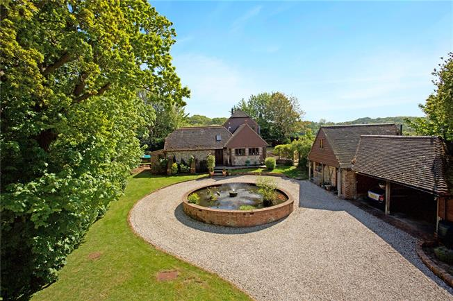 Guide Price £1,295,000, 4 Bedroom Detached House For Sale in East Sussex, BN8
