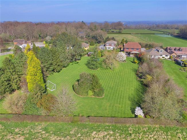 Guide Price £995,000, 5 Bedroom Detached House For Sale in Scaynes Hill, RH17