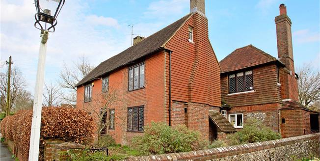 Guide Price £1,375,000, 5 Bedroom Detached House For Sale in Ditchling, BN6