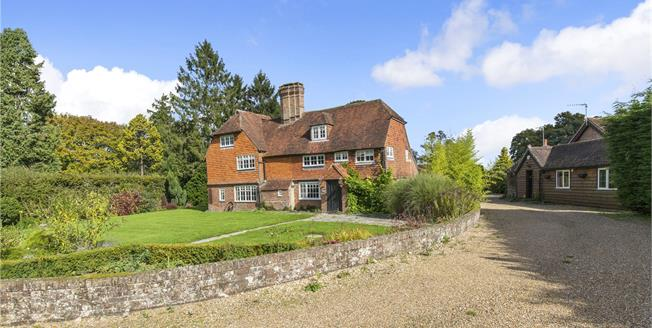 Guide Price £945,000, 6 Bedroom Detached House For Sale in Crawley Down, West Sussex, RH10
