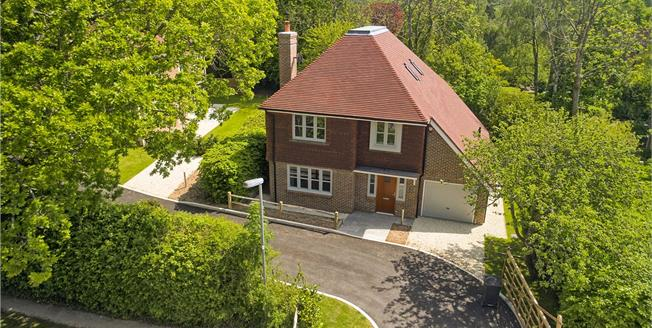 Asking Price £749,950, 4 Bedroom Detached House For Sale in Balcombe, West Sussex, RH17