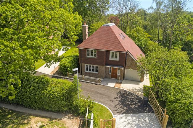 Asking Price £775,000, 4 Bedroom Detached House For Sale in Balcombe, West Sussex, RH17