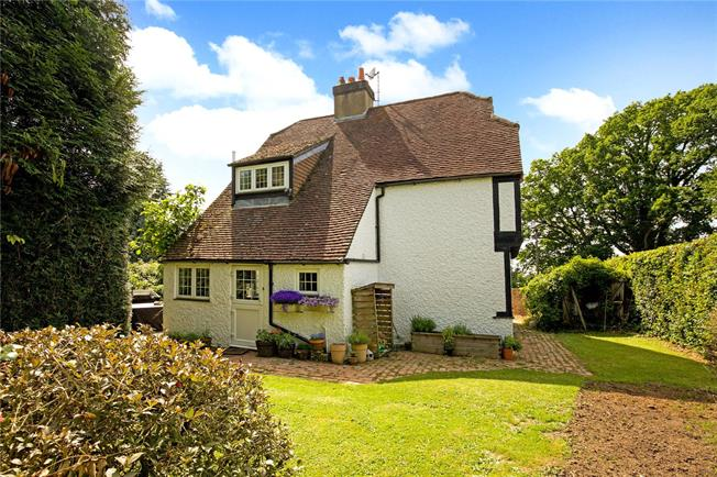 Guide Price £750,000, 3 Bedroom Detached House For Sale in East Sussex, BN6