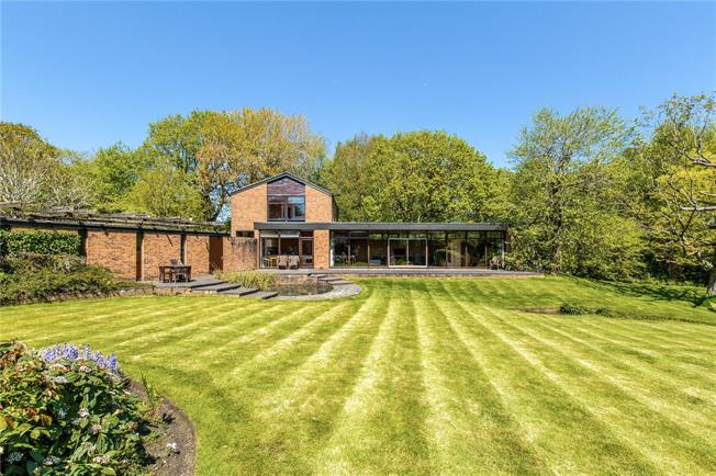 Guide Price £1,400,000, 4 Bedroom Detached House For Sale in East Sussex, BN6