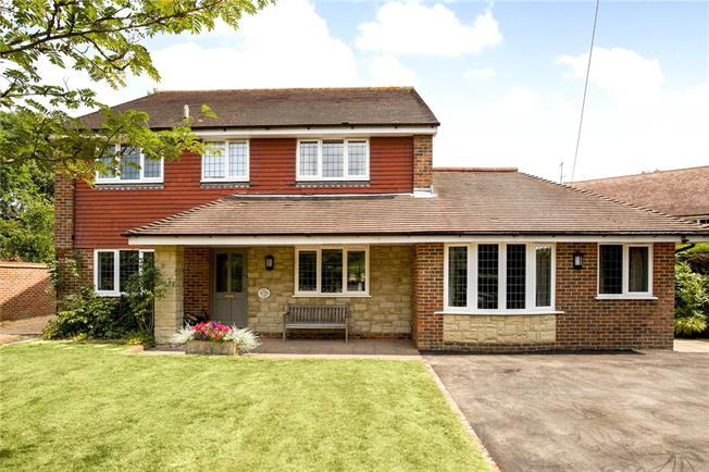 Asking Price £850,000, 5 Bedroom Detached House For Sale in Ansty, RH17