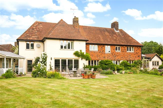 Asking Price £1,395,000, 5 Bedroom Detached House For Sale in Ditchling, BN6