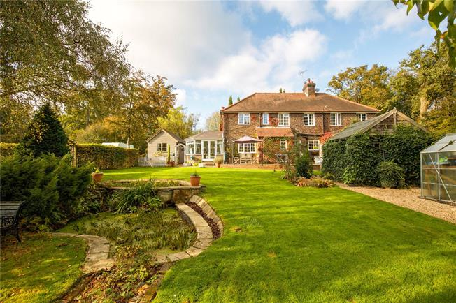 Guide Price £785,000, 3 Bedroom Semi Detached House For Sale in Danehill, RH17