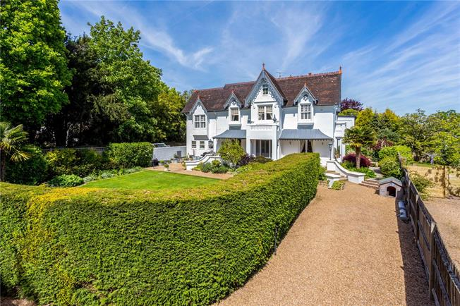 Asking Price £910,000, 6 Bedroom Semi Detached House For Sale in West Sussex, RH15