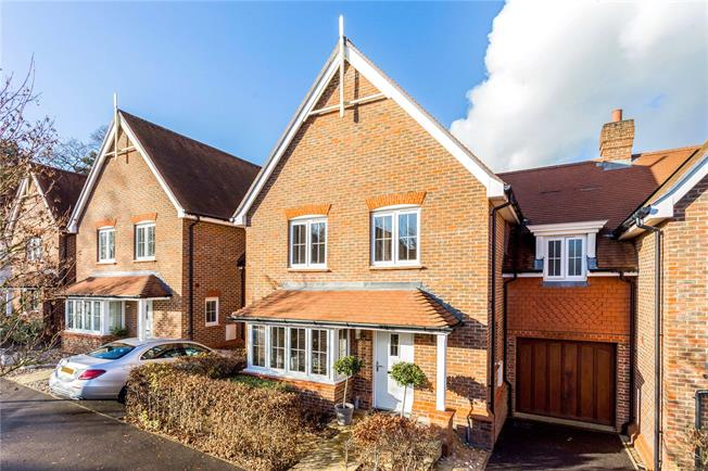 Guide Price £500,000, 4 Bedroom Semi Detached House For Sale in Haywards Heath, RH16