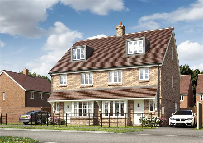 Guide Price £375,000, 4 Bedroom Semi Detached House For Sale in Hailsham, East Sussex, BN27