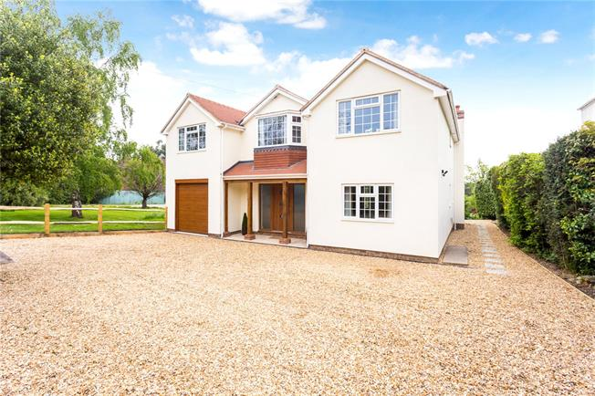 Guide Price £1,300,000, 5 Bedroom Detached House For Sale in Ditchling, BN6