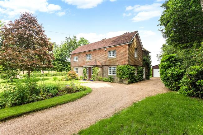 Guide Price £1,100,000, 4 Bedroom Detached House For Sale in Danehill, RH17