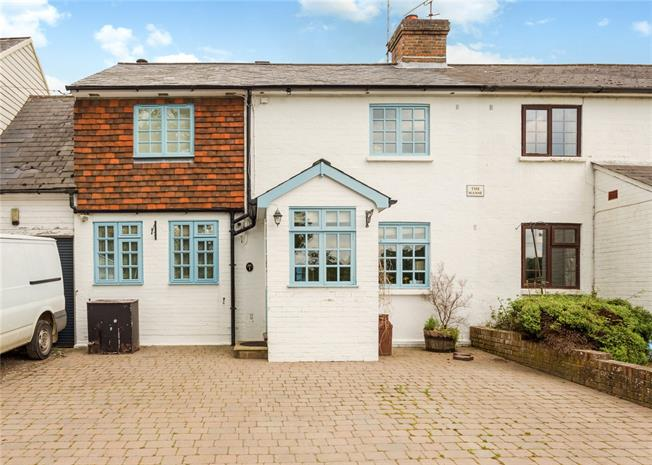 Guide Price £395,000, 3 Bedroom Terraced House For Sale in South Chailey, BN8