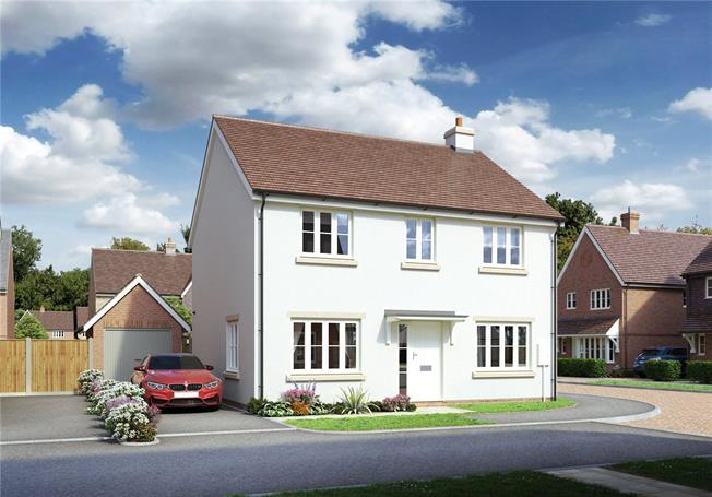 Guide Price £440,000, 4 Bedroom Detached House For Sale in Hailsham, East Sussex, BN27