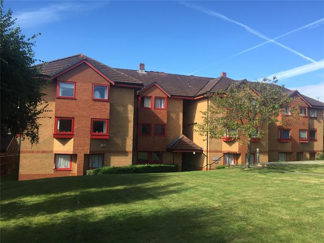 Offers in excess of £195,000, 2 Bedroom Flat For Sale in Haywards Heath, West Suss, RH16