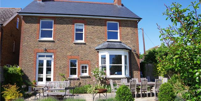 Asking Price £760,000, 4 Bedroom Detached House For Sale in West Sussex, RH15