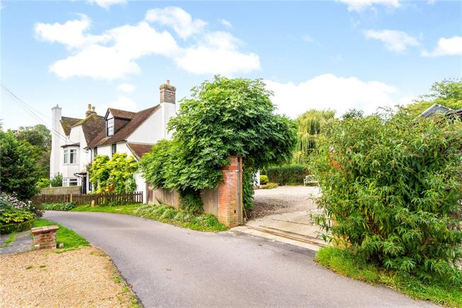 Offers in excess of £875,000, 5 Bedroom House For Sale in Barcombe, BN8