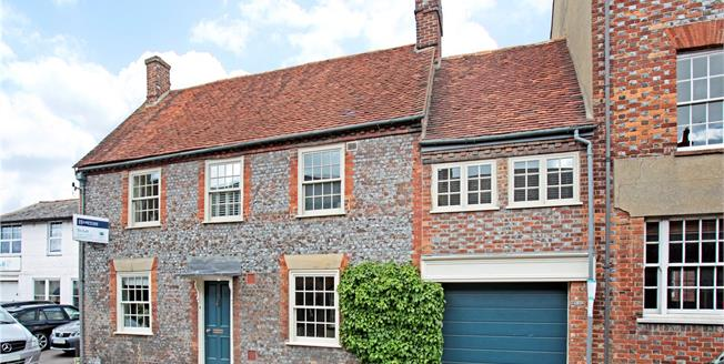 Guide Price £955,000, 5 Bedroom Semi Detached House For Sale in Watlington, OX49