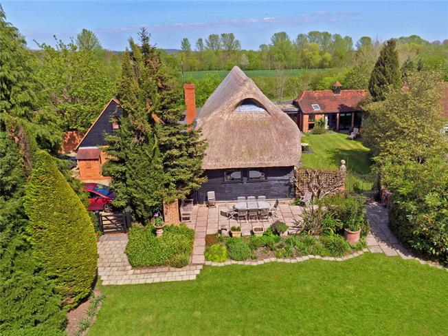 Guide Price £1,500,000, 6 Bedroom Detached House For Sale in Sonning Eye, RG4