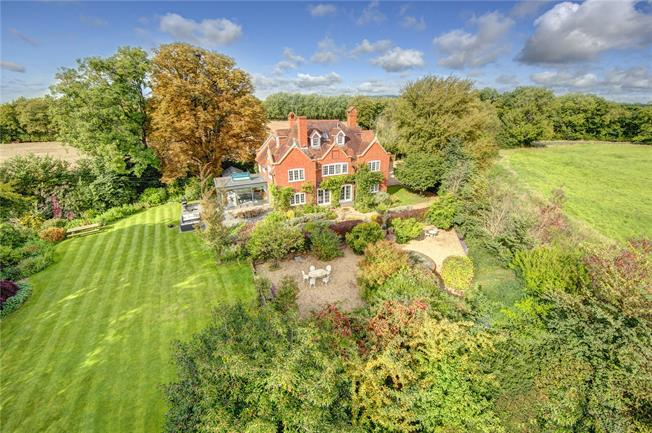 Guide Price £2,000,000, 6 Bedroom Detached House For Sale in Berkshire, RG10